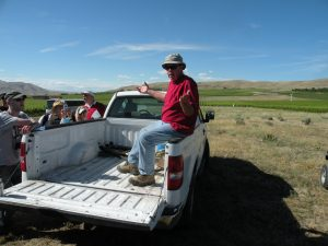 Ciel du Cheval Vineyards founder Jim Holmes talking about the soils of Red Mountain (photo: Gretchen Sorensen)