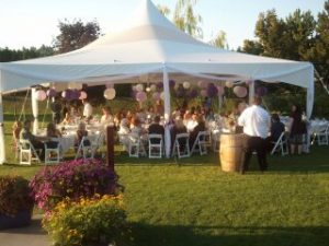 Wedding tent at Wapato Point Cellars (photo: Gene Stout)