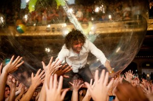 Wayne Coyne of Flaming Lips (photo: Jim Bennett)