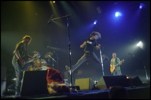 Eddie Vedder and Pearl Jam in concert (Danny Clinch photo)