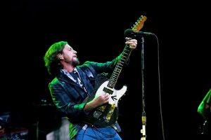 Eddie Vedder of Pearl Jam (Alex Crick photo)