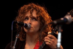 Abigail Washburn (photo: Jim Bennett)