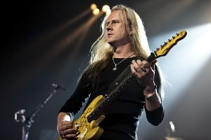 Jerry Cantrell (photo: Alex Crick)