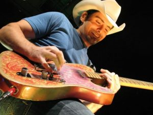 Brad Paisley (photo: bradpaisley.com)