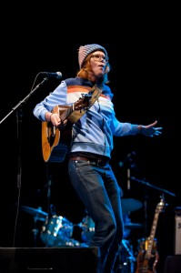 Brett Dennen (photo: Jim Bennett)