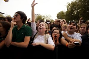 Concertgoers at the 2009 Bumbershoot festival