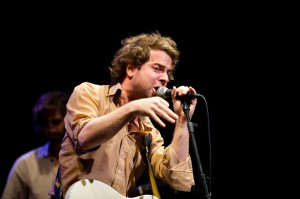 Taylor Goldsmith of Dawes (photo: Jim Bennett)