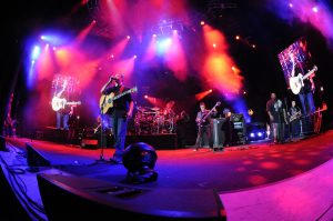 Dave Matthews Band (photo: Matthew Lamb)