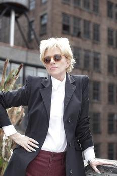 Ellen Foley (photo: www.ellenfoley.com)