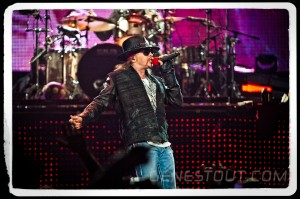 Axl Rose of Guns N' Roses (photo: Mike Savoia)