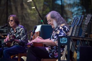 Jackson Browne (left) and David Lindley (photo: Paul Brown)