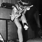 Jimi Hendrix (photo: Jimihendrix.com)