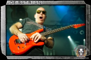 Joe Satriani (photo: Mike Savoia)