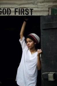 Nneka (photo: Youri Lenquette)