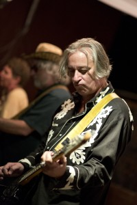 Peter Buck (photo: Vivian Johnson)