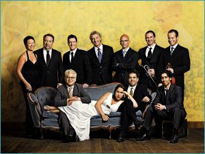 Pink Martini (photo: www.pinkmartini.com)