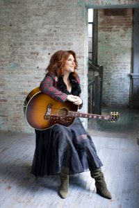 Rosanne Cash (photo: Deborah Feingold)