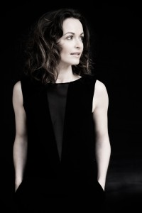 Sharon Corr (photo: www.sharoncorr.com)