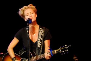 Shelby Lynne at the Triple Door (photo: Kam Martin)