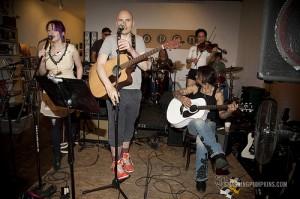 Smashing Pumpkins in rehearsal (photo: Kristin Burns)