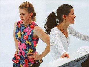 Tonya Harding (L) and Nancy Kerrigan