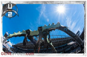 The Claw at Qwest Field (photo: Mike Savoia)