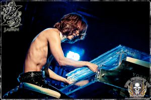 Yoshiki (photo: Mike Savoia)