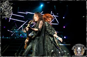 L-R: Guitarists Pata and Sugizo (photo: Mike Savoia)